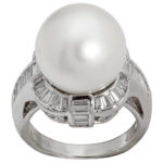 18k white gold lady fancy pearl and diamond ring