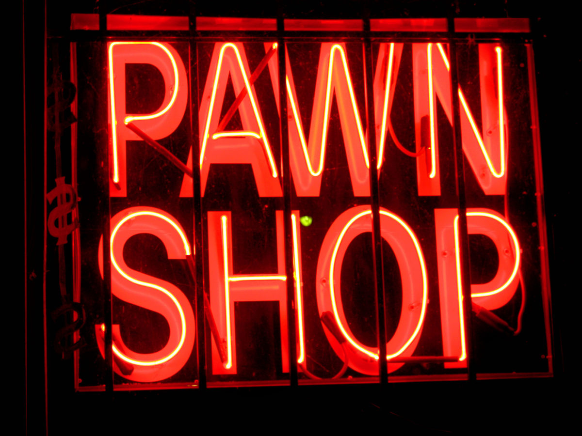 how pawn shops work